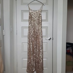 NEW Gorgeous gold sequin patterned jumpsuit